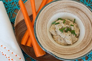 hummus300px close